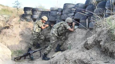 Azerbaycan askeri, eli tetikte Ermeni ordusuna karşı sınırı koruyor