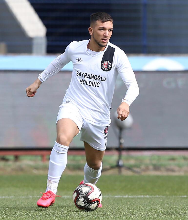 Son Dakika Transfer Haberi   Fenerbahçe Brahim Darri ile anlaşmaya vardı