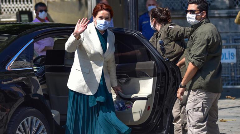 Meral Akşener, Ayasofya-i Kebir Cami-i Şerifini ziyaret etti