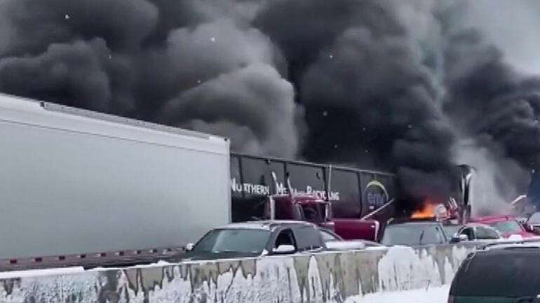 ABDde inanılmaz kaza 29 araç birbirine girdi