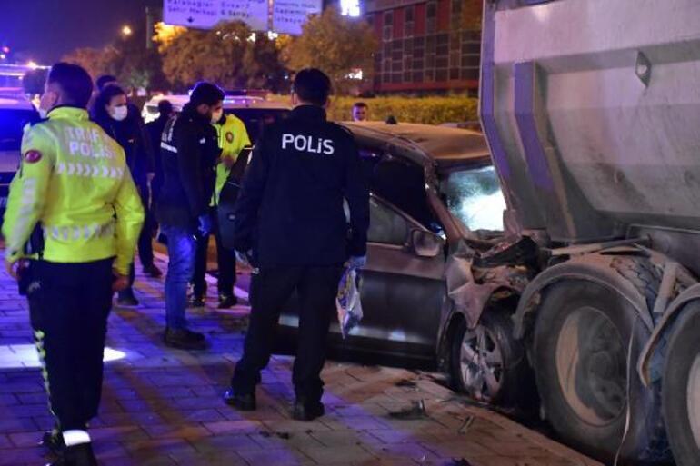 Son dakika... Polis memuru korkunç kazada feci şekilde hayatını kaybetti