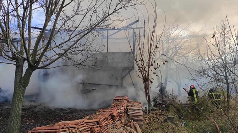 Tosya'da bağ evi küle döndü