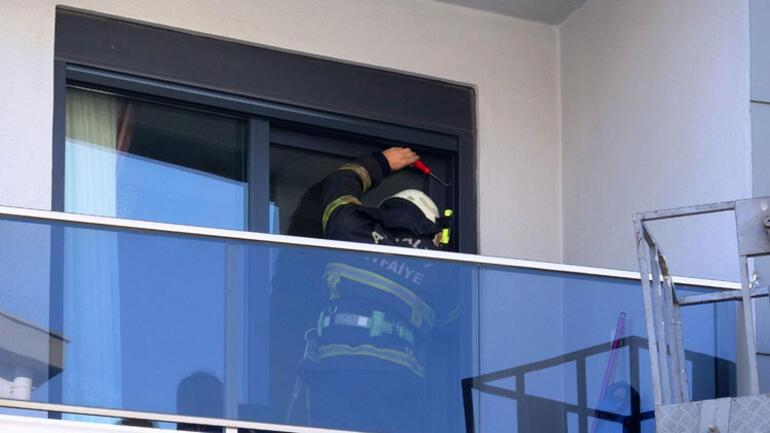 Antalyada şaşırtan anlar Annesini balkona kilitledi...